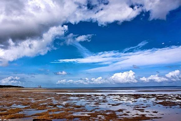 Praia da Romana - Curuçà, Parà, fonte: Portal Paramazonia