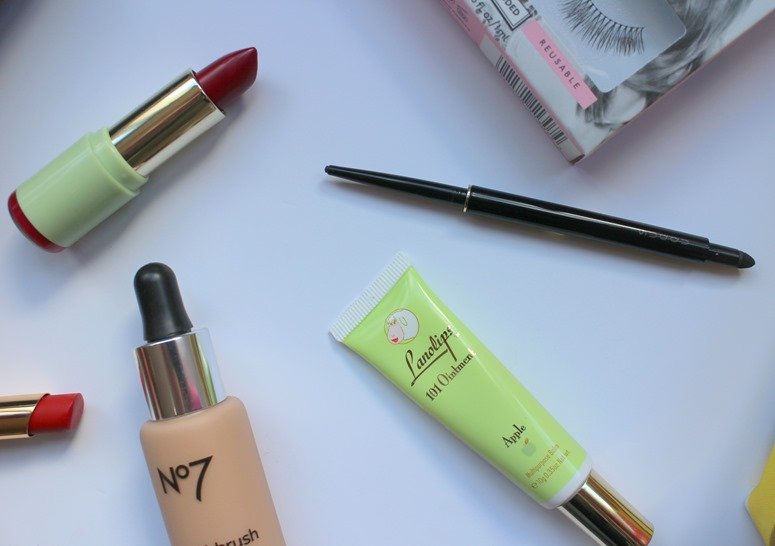 Pixi-Matte-Lustre-Lipstick,Lanolips-Apple