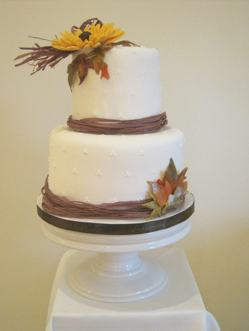Zilpha\'s blog: Fall Wedding Cake Posted by