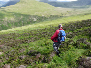 Descending down through the heather to Whiteoak Beck.