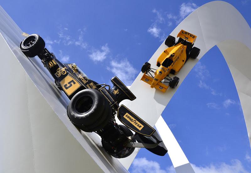 Lotus 72E Эмерсон Фитипальди 1973 - Скульптура Джерри Иуды на Фестивале скорости в Гудвуде 2012