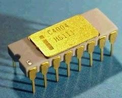 Primo processore 4004 per pc Intel creato da italiano Faggin 1971