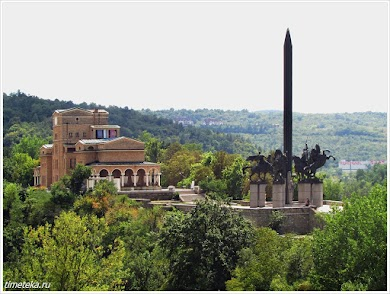 Художественная галерея и монумент Асеновцам