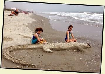 04 - beach The girls alligator