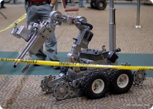 Description: Picture of competitive robot. Action: Select (click) picture to view it enlarged