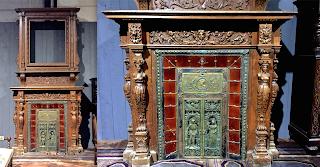 Большой каминный портал 19-й век. 400/180 см. 35000 евро