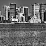9 dicembre 2013 - Sharjah (Emirati Arabi Uniti) i grattacieli, il mercato del pesce e il souk dell'oro - fotografia di Vittorio Ubertone