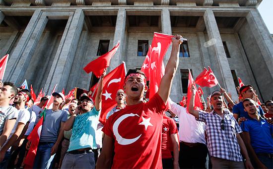 В Туреччині звільнили всіх ректорів та деканів місцевих університетів