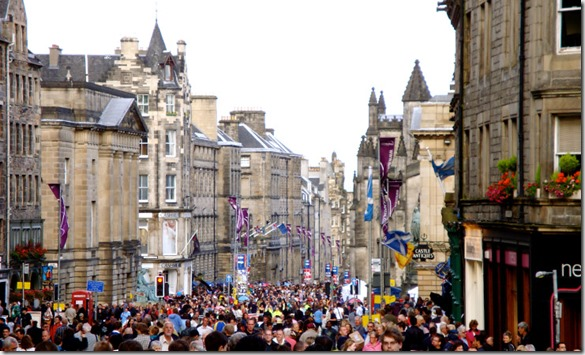 25-things-to-do-in-Scotland-Edinburgh-Fringe-Festival