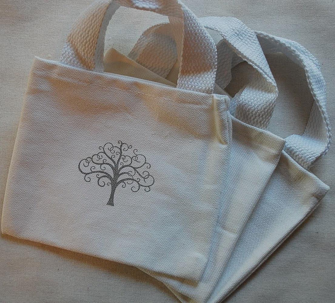 Scroll Tree White Cotton Mini