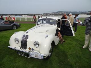 2015.10.04-41 18 Bristol 400 coupé 1949