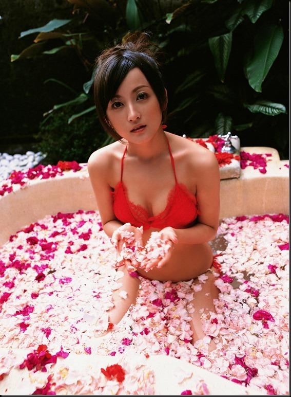 Ayaka Komatsu - [YSVW Vol.250] (2008.04)_104425-0007