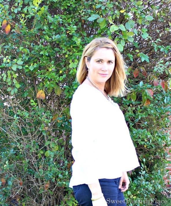 denim-trouser-pants-white-blouse-brown-wedges-4