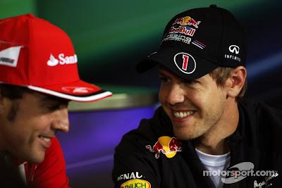 Фернандо Алонсо и Себастьян Феттель на пресс-конференции в четверг на Гран-при Испании 2012