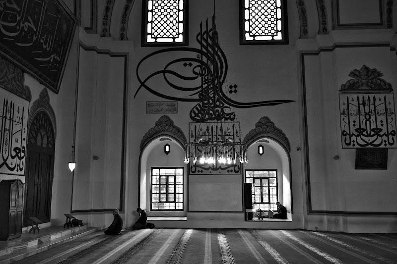 Vizitand moscheile din Bursa.