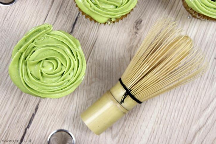 Matcha_Cupcakes_mit_grüner_Buttercreme (8)