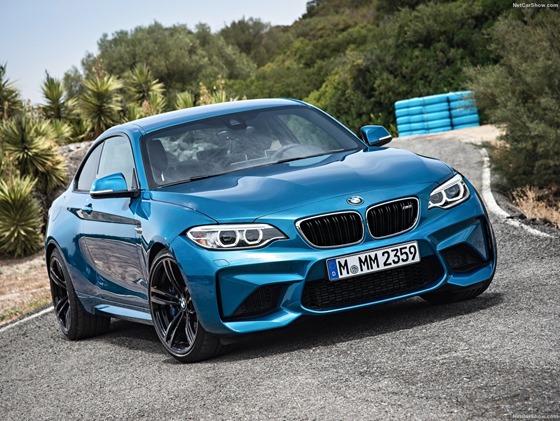BMW-M2_Coupe_2016_1600x1200_wallpaper_01