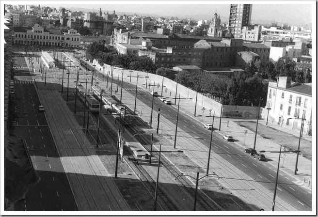 23-10-1993 La nueva avenida. Esteban Gonzalo.
