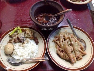 Maniak-Makan-Gudeg-Cakar-Margoyudan-Solo