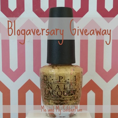 Me and My SoldierMan: Blogaversary Giveaway!