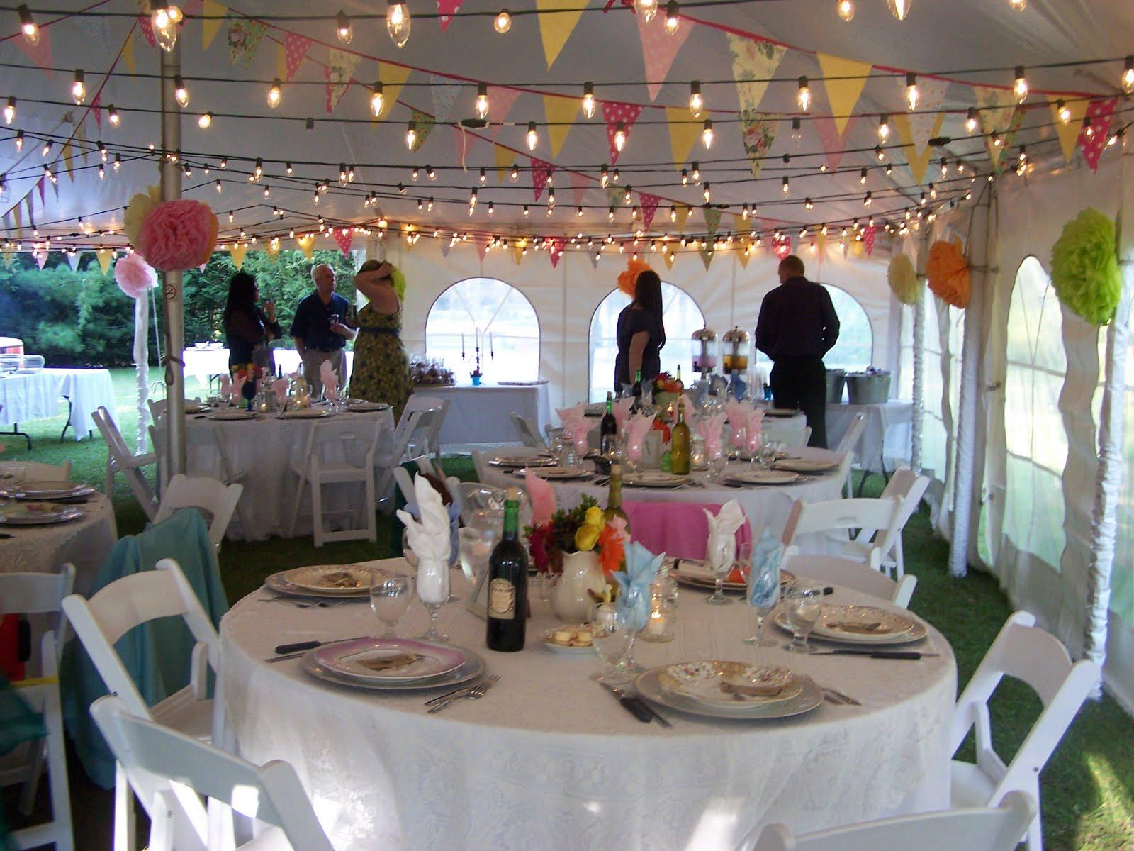 Tent bunting : wedding tent