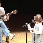Las manos de Patxi Moreno Vayá son el vehículo de una expresión musical que convierte a la guitarra en acompañante, confidente...