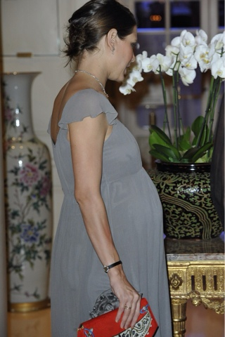 Invitadas de boda...embarazadas con estilo