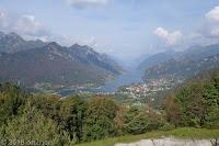 Auf der SP111. Unten liegt der Ort Crone am Lago d'Idro.