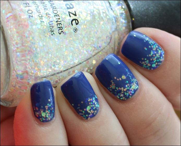 Nail Art Pool Party Blau Glitzer Wasser Sommer Nageldesign 06