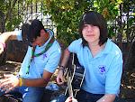 Los instrumentistas: Iván y Kaa