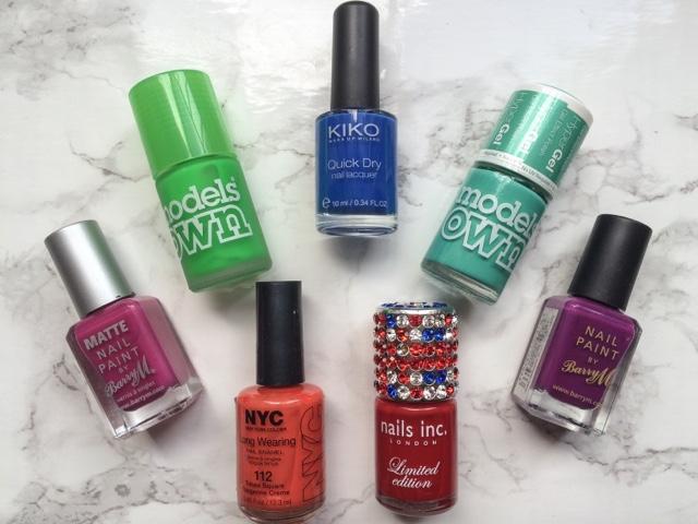 beauty-blog-summer-foot-care-essentials-scholl-fresh-step-shoe-spray-scholl-dry-skin-intensive-cream-superdrug-moisturising-socks-exfoliating-foot-scrub-cracked-heel-repair-cream-diamancel-diamond-foot-buffer-#11-nail-polish-barry-m-models-own-hyper-gel-turquoise-gloss