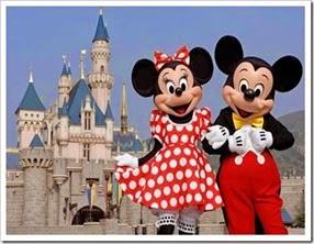 DisneylandMickyMinnie_thumb