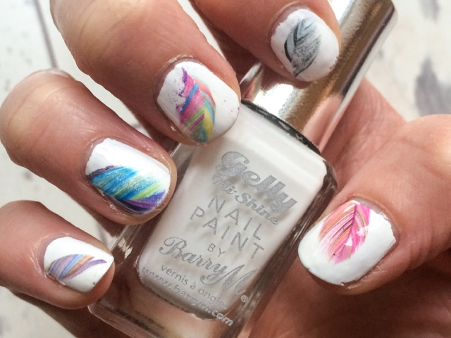 beauty-blog-bblogger-fashion-fblogger-festival-nail-art-midweek-manicure-monday-manicure-white-nails-feather-glastonbury-summer-neon-barry-m-gelly-high-shine-cotton-models-own-hyper-gel-white-light