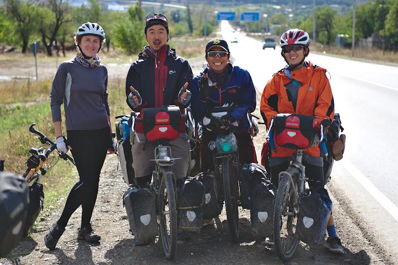 Trei sud-coreeni plecati de acasa in jurul lumii.