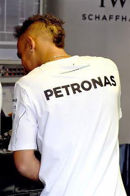 новая прическа Льюиса Хэмилтона на Гран-при Монако 2014