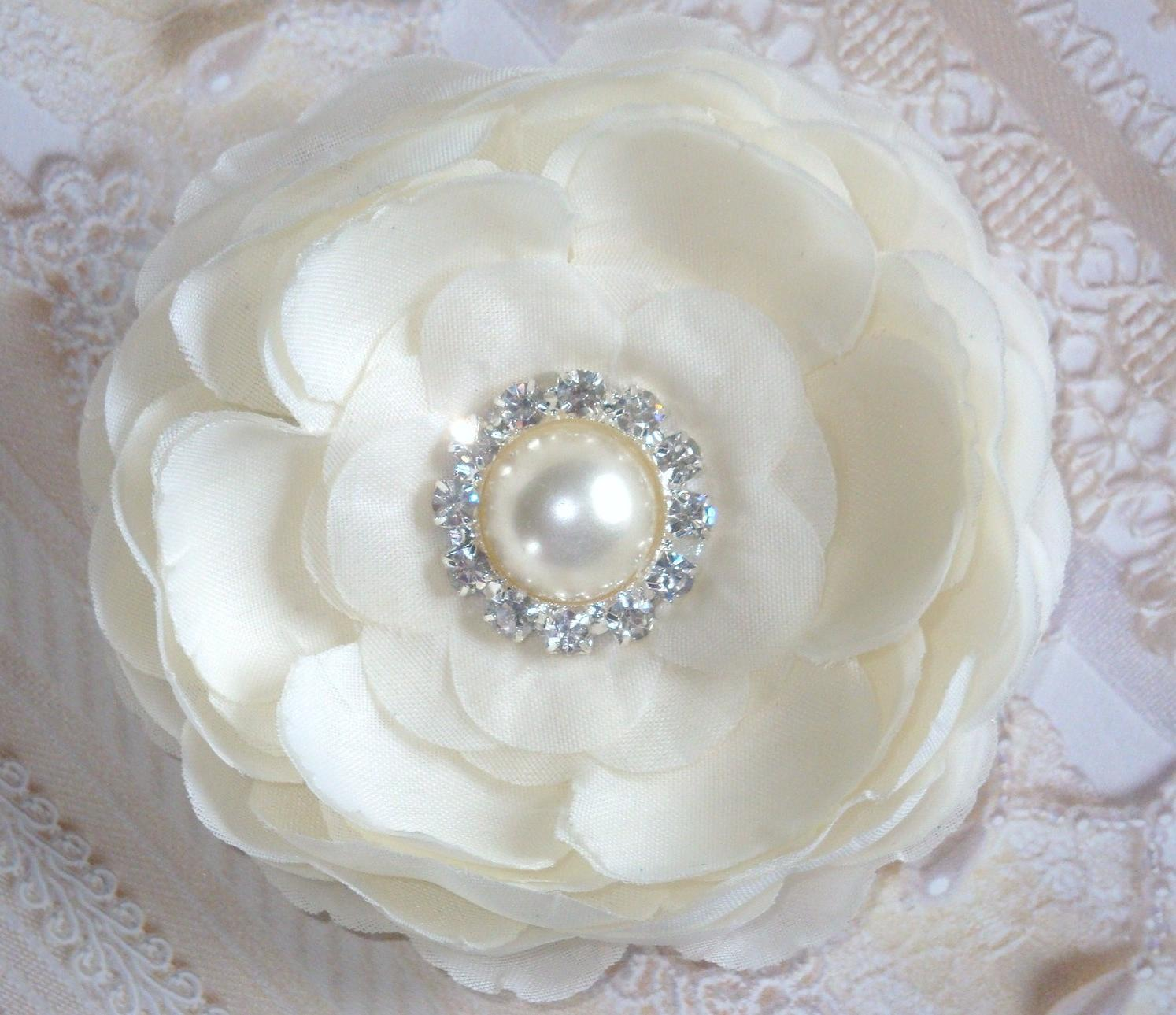 31 2 The Clara flower Ivory silk flowers with pearl and diamond rhinestone