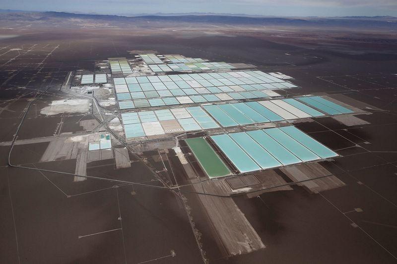 lithium-mine-atacama-3%25255B2%25255D.jpg?imgmax=800