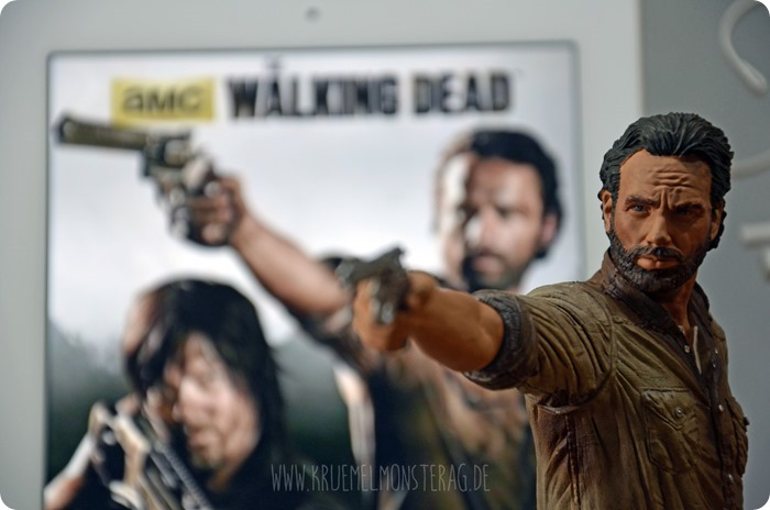 #twd (01) The Walking Dead McFarlane Action Figure Deluxe Rick Grimes