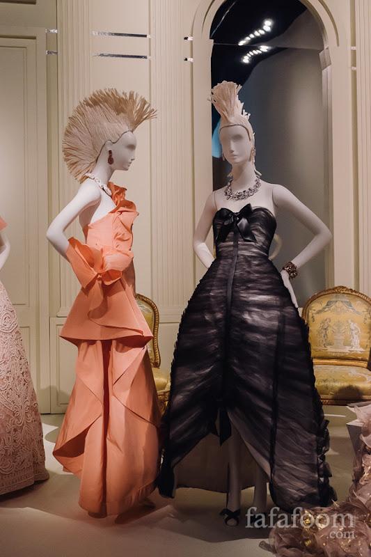 (Left to right) Oscar de la Renta, Evening dress, Spring 2011. Evening dress, Spring 2011.
