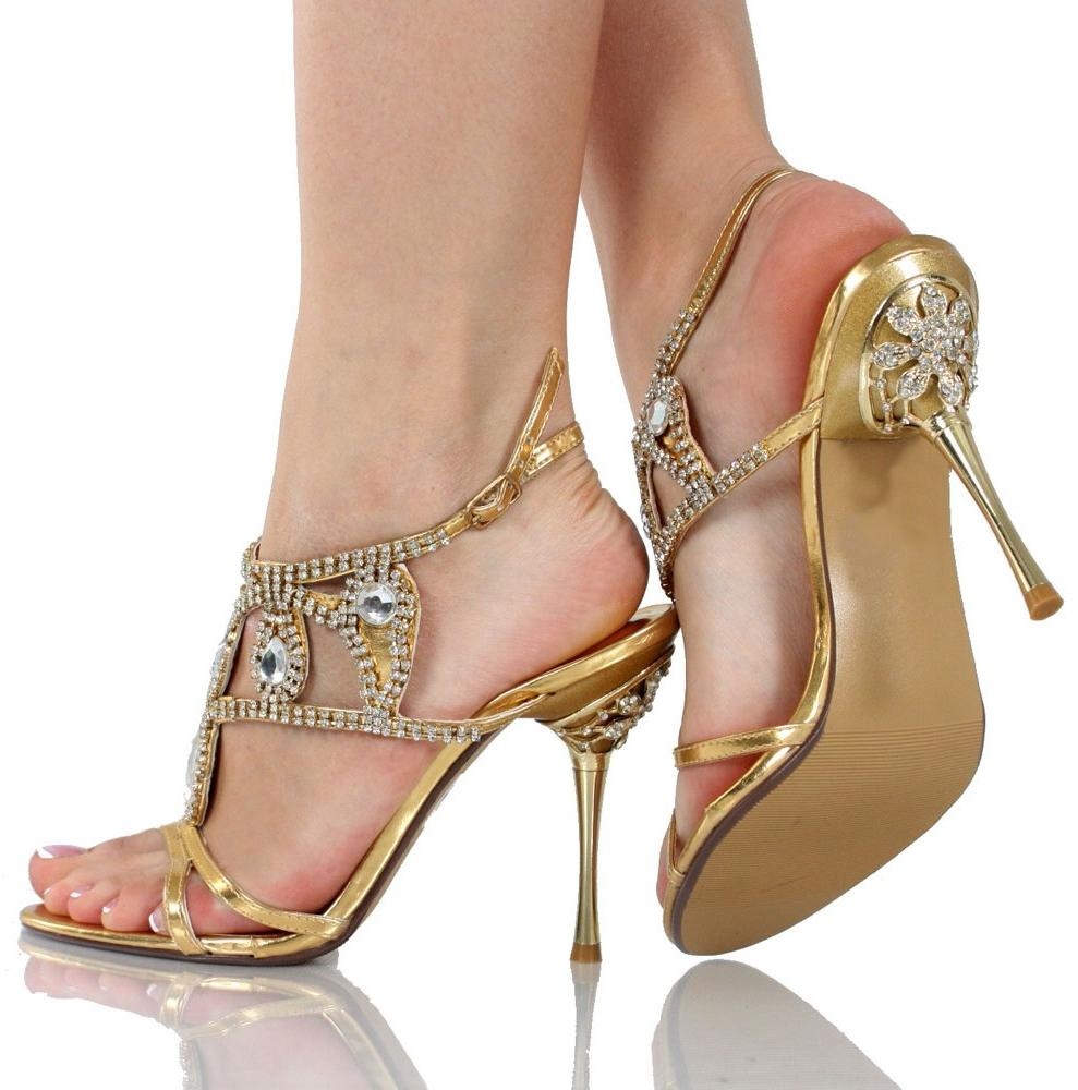 Gold wedding shoes is very