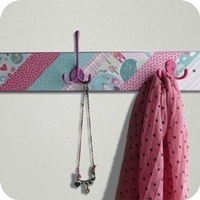 18---craft-asylum---Coat-Rack-with-s[1]