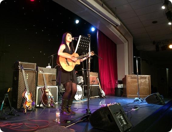 Solo singer-guitarist Jade