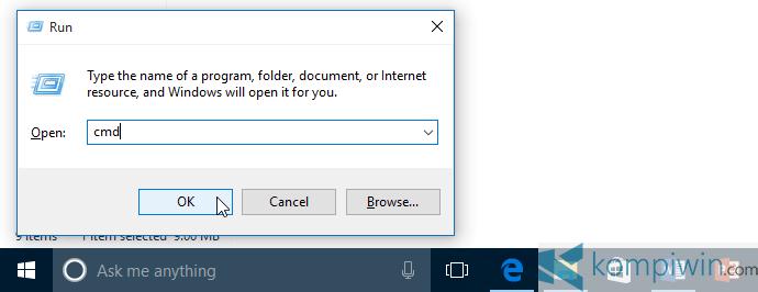 membuka cmd untuk menyembunyikan file