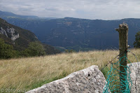 """Auf der Ostseite des Monte Baldo beim Hotel """"Residenza Stella Alpina"""". Blick ins Tal der Etsch."""