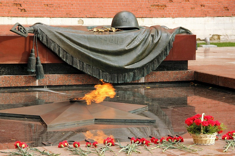 tomb-of-unknown-soldier-moscow