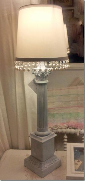 10 Whitewashed lamp AFT
