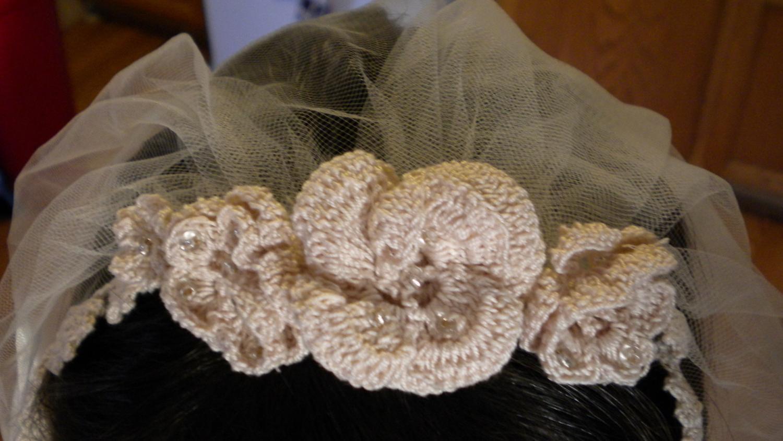 Elegant Lace Wedding Veil