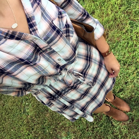 mom style, plaid shirt dress