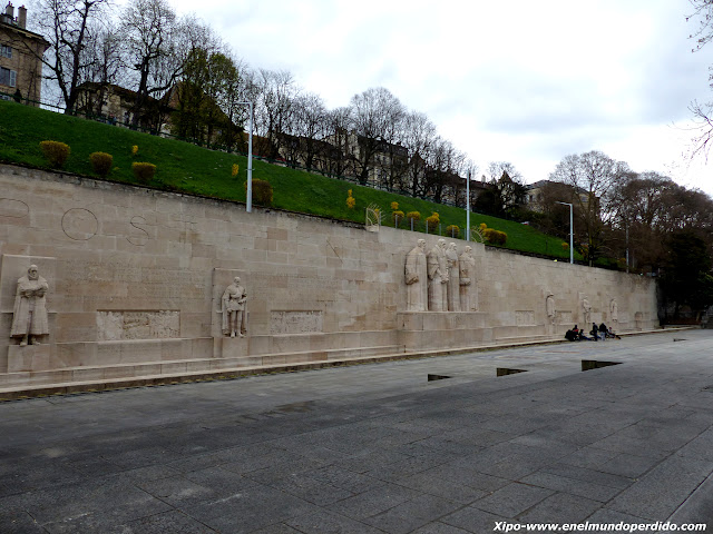 muro-de-los-reformadores-ginebra.JPG