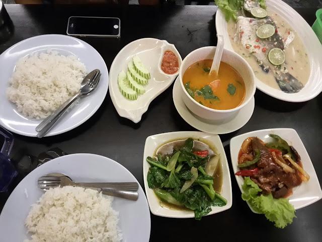 Menang Giveaway Restoran Nuur Tomyam Puncak Jalil, menu masakan Thailand